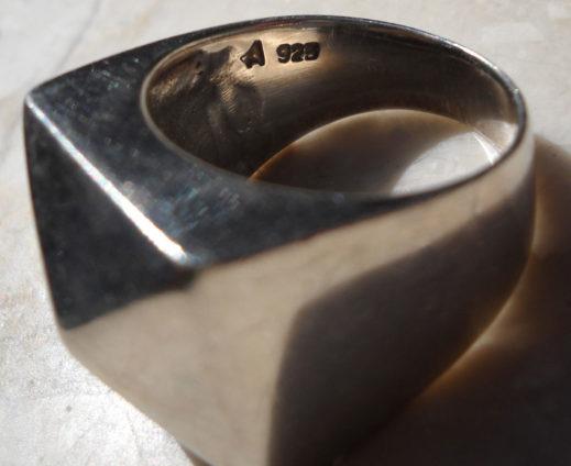 4-sided pyramid shaped silver ring